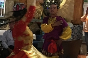 Kashgar-dance-couple